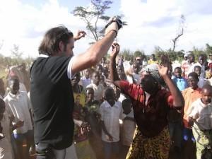 Celebration in DRC following Jose Antonio Ruiz Diez's school construction